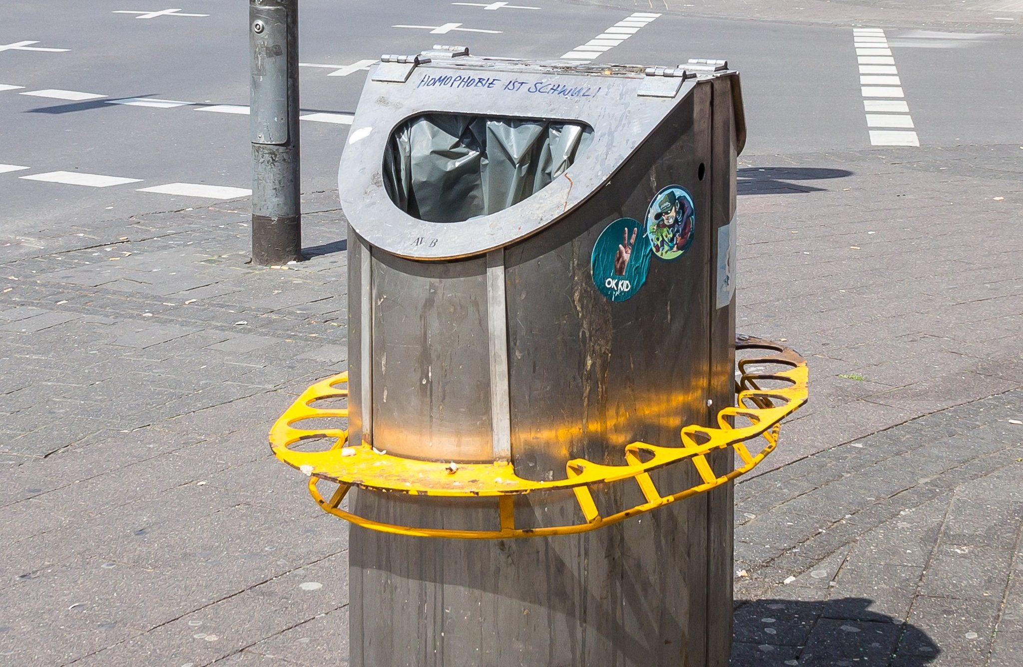 öffentliche Mülleimer
